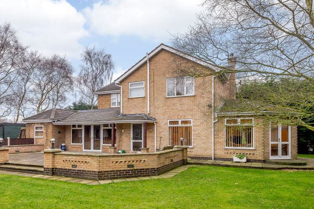 Thumbnail Detached house for sale in Caistor Road, Middle Rasen, Market Rasen
