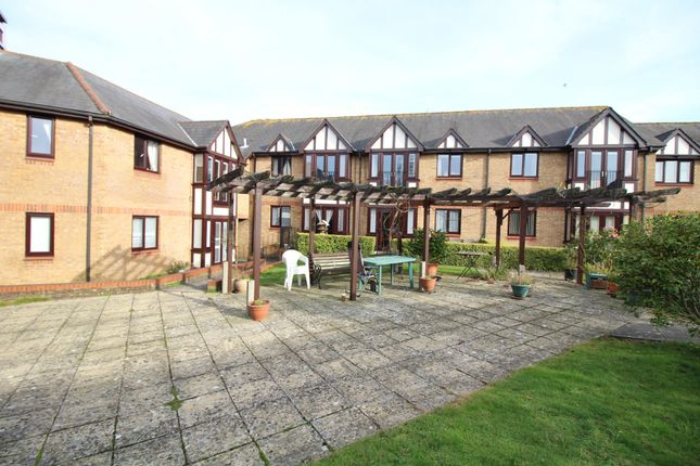 Thumbnail Flat for sale in Douglas Close, Upton, Poole