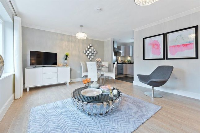 Thumbnail Penthouse for sale in Norton Drive, Warwick