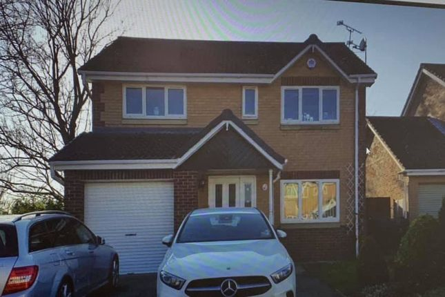 Detached house to rent in Burtonlees Court, Doncaster