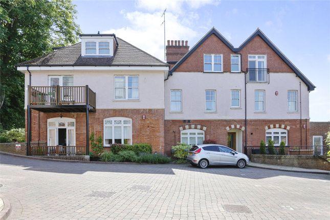Thumbnail Flat for sale in Betjeman Gardens, Chorleywood, Rickmansworth, Hertfordshire
