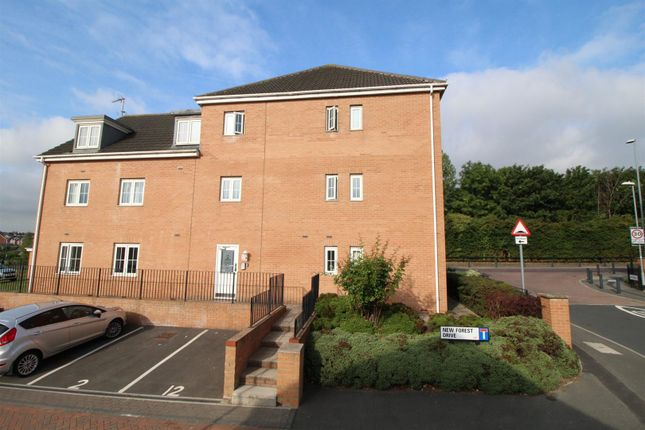 Thumbnail Flat for sale in Willowdale, Middleton, Leeds