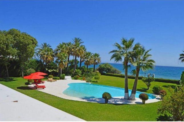 Thumbnail Villa for sale in Benamara, Estepona, Malaga, Spain