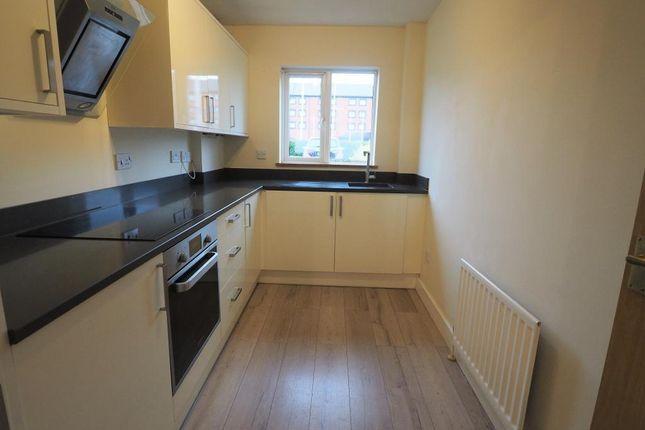 Thumbnail Flat to rent in Kingston Wharf, Kingston Street, Hull