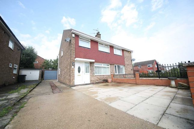 Thumbnail Semi-detached house to rent in Hathaway Drive, Leeds