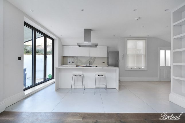 Thumbnail Semi-detached house to rent in Lilyville Road, London