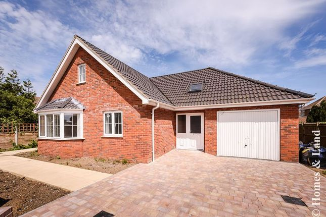 Thumbnail Detached bungalow for sale in Yarmouth Road, Caister-On-Sea, Great Yarmouth