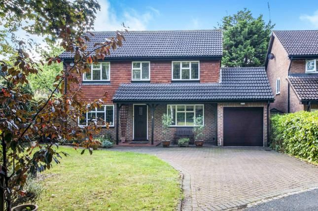 4 bed detached house for sale in Copping Close, Croydon