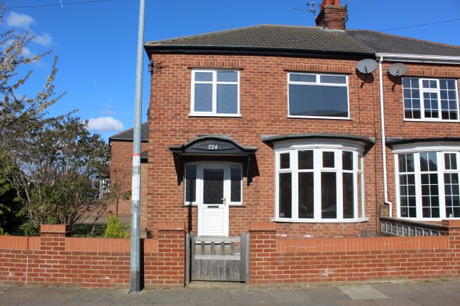 Thumbnail Semi-detached house to rent in Daubney Street, Cleethorpes