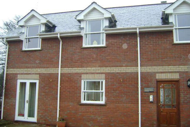 Thumbnail Flat to rent in Anstey Road, Alton