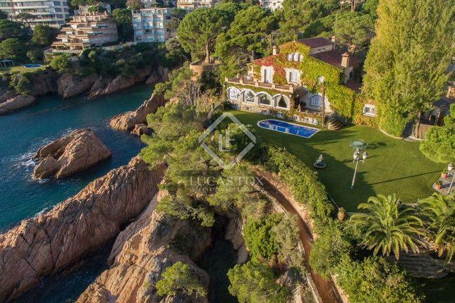 Thumbnail Villa for sale in Spain, Costa Brava, S'agaró - La Gavina, Cbr10393