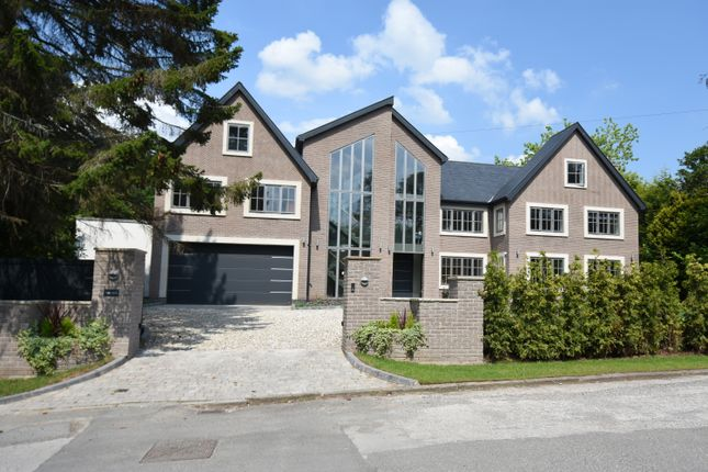 Thumbnail Detached house to rent in Fletsand Road, Wilmslow