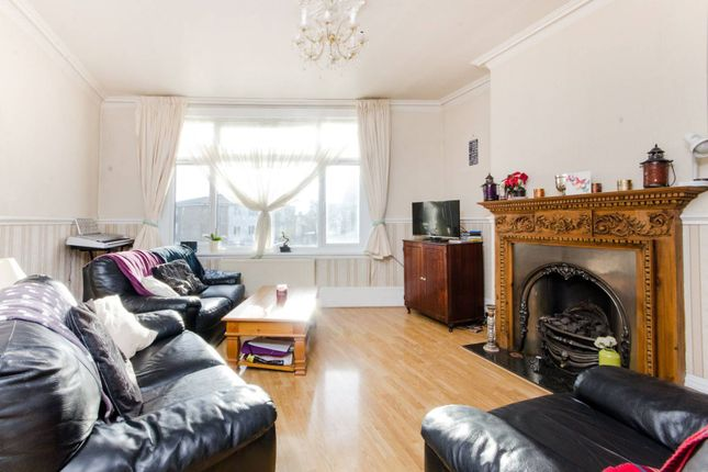 Thumbnail Flat for sale in Mitcham Lane, Streatham