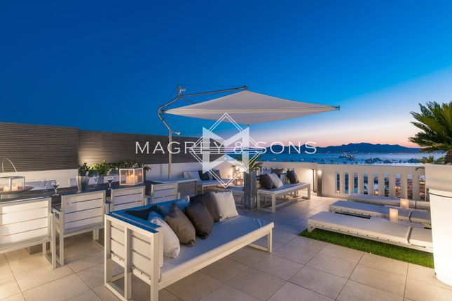 3 bed apartment for sale in Cannes (Croisette), 06400, France