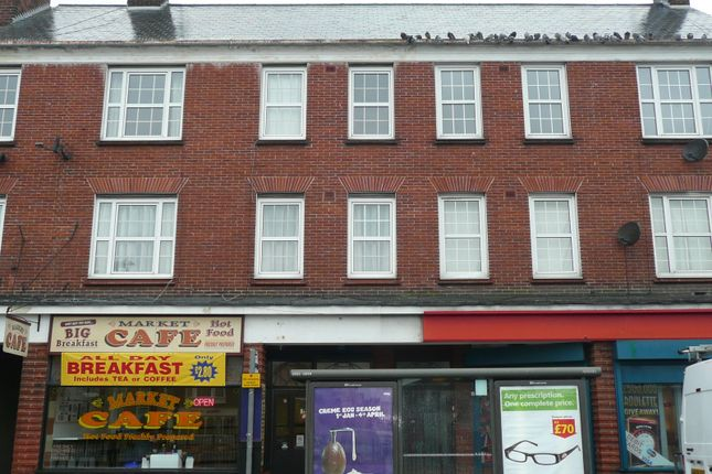 Thumbnail Flat to rent in Market Place, Great Yarmouth