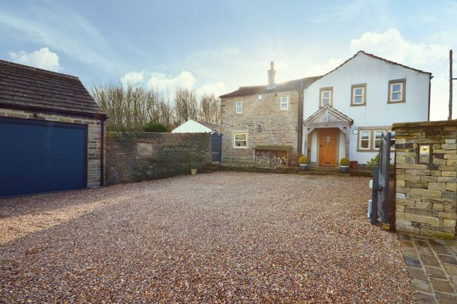 Thumbnail Barn conversion for sale in Town End Lane, Lepton, Huddersfield, West Yorkshire