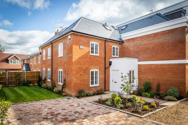 Thumbnail Property for sale in Woking Road, Jacob's Well, Guildford