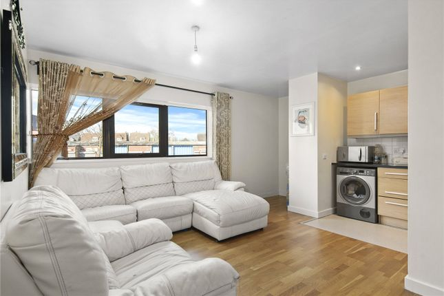 2 bed flat for sale in Radnor House, London Road, Norbury SW16