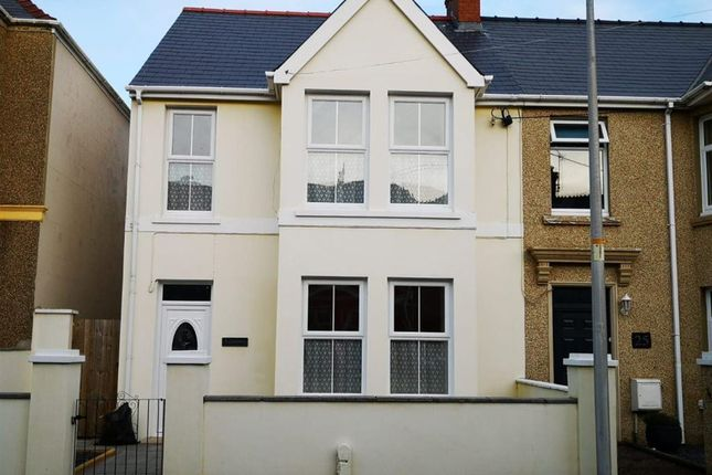 Thumbnail Semi-detached house to rent in Wellington Road, Milford Haven, Pembrokeshire