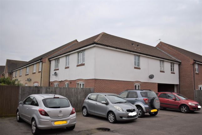 Thumbnail Flat for sale in Horsley Drive, Gorleston, Great Yarmouth