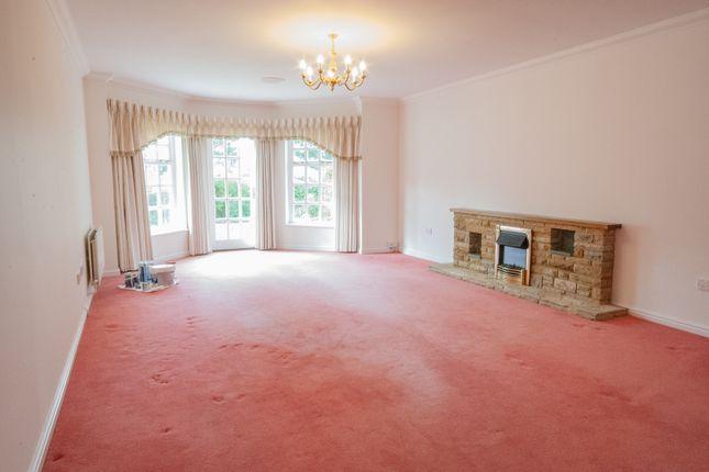 Property Image of 2 Lady Cooper Court, Castle Village, Berkhamsted, Hertfordshire HP4