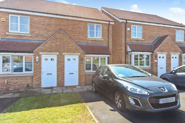 Thumbnail Semi-detached house to rent in Pennwell Dean, Leeds