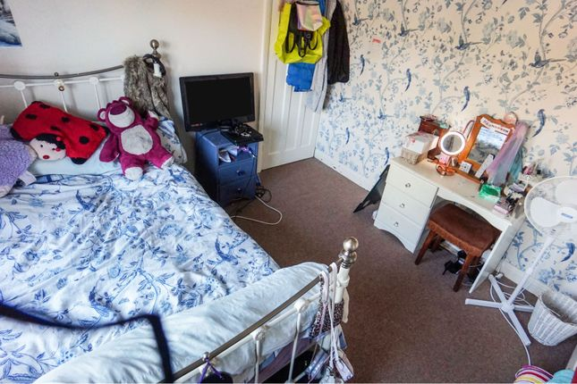 Bedroom of Old Park Road, Dudley DY1