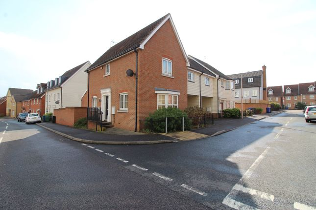 Thumbnail Link-detached house to rent in Founes Drive, Chafford Hundred, Grays