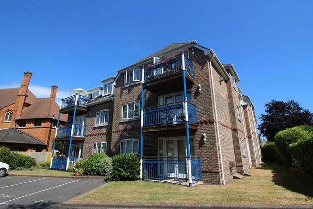 Thumbnail Flat for sale in Grosvenor Road, Westbourne, Bournemouth
