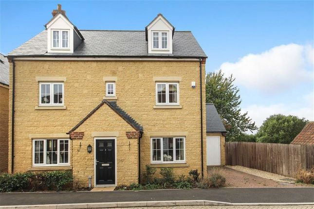 Thumbnail Detached house for sale in Wearn Road, Faringdon, Oxfordshire