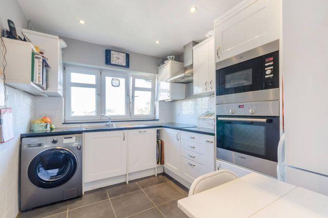 Thumbnail Flat to rent in Cambridge Road, Kingston, Kingston Upon Thames