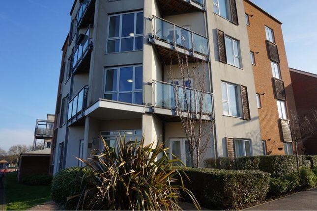 Thumbnail Flat to rent in John Hunt Drive, Basingstoke