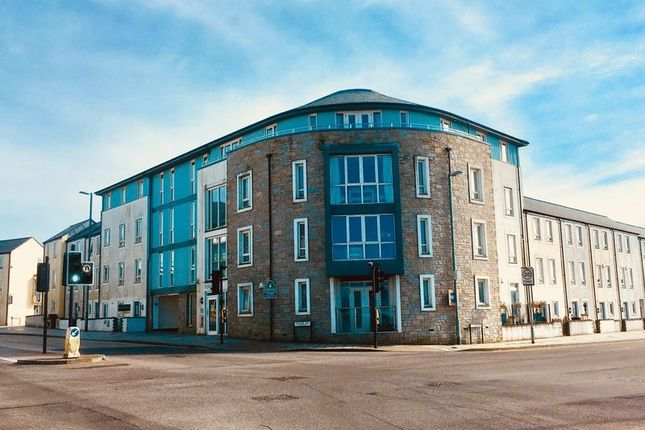 Thumbnail Flat for sale in Kerrier Way, Camborne