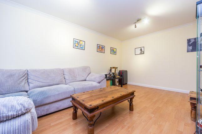 Living Room 03 of Ascot Court, Aldershot, Hampshire GU11