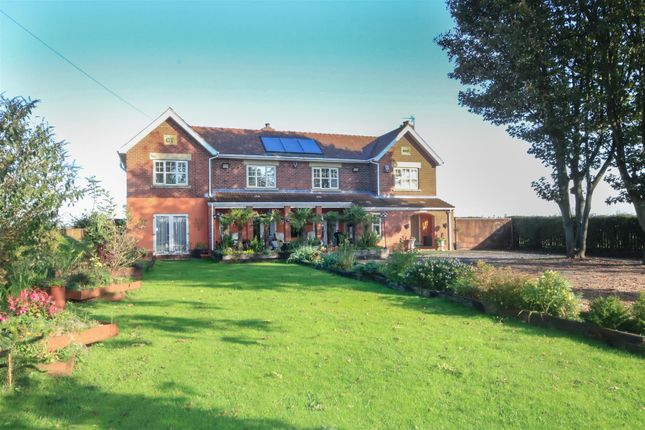 Thumbnail Detached house for sale in Marr, Doncaster