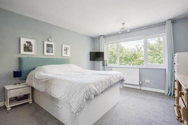 House-Rectory-Lane-Woodmansterne-Banstead-117