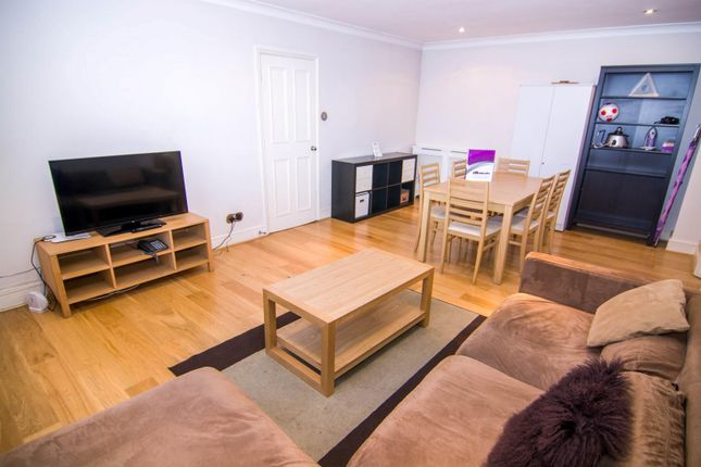 Thumbnail Flat to rent in Princeton Street, London