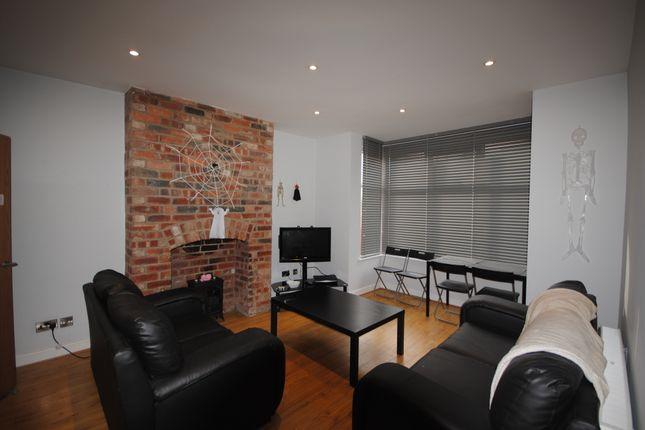 Thumbnail Terraced house to rent in 30 Headingley Avenue, Headingley
