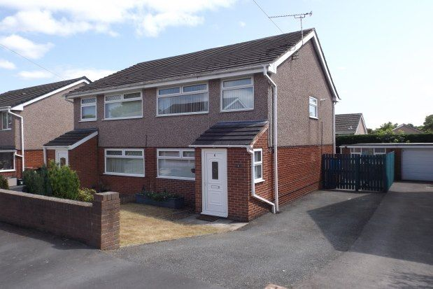 3 bed property to rent in Ash Grove, Mold CH7