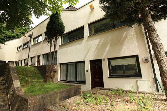 Thumbnail Flat to rent in Cuckoos Nest, Crawley Green, Luton