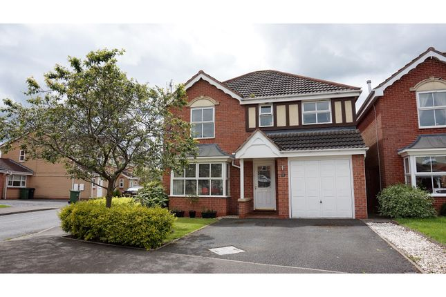 Thumbnail Detached house for sale in Jackdaw Lane, Droitwich
