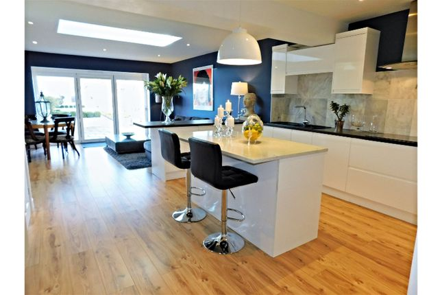 4 bed terraced house for sale in Langbury Lane, Ferring Worthing