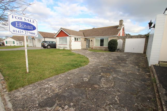 2 bed bungalow for sale in Mortimer Close, Christchurch