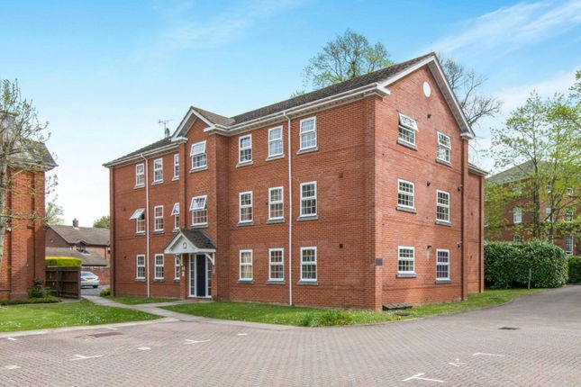 Thumbnail Flat to rent in Grosvenor Court, Monfort Close, Romsey