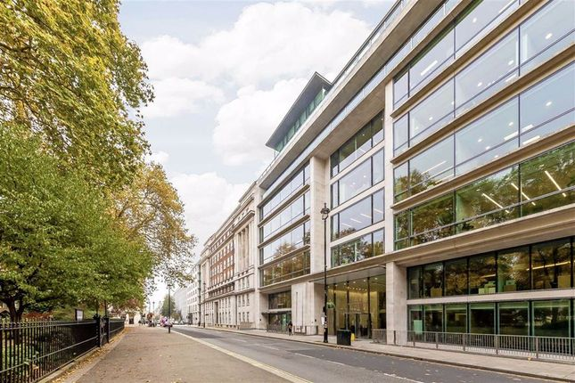 Flat to rent in Portman Square, London