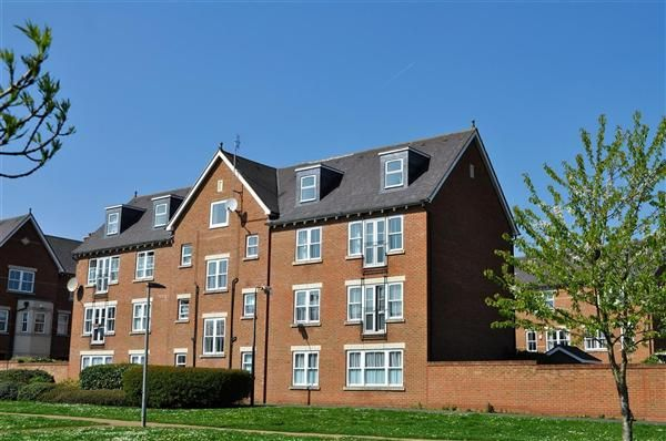 Thumbnail Flat for sale in Burdock Court, Maidstone