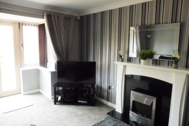 Lounge/Diner of Mayflower Way, Wombwell S73