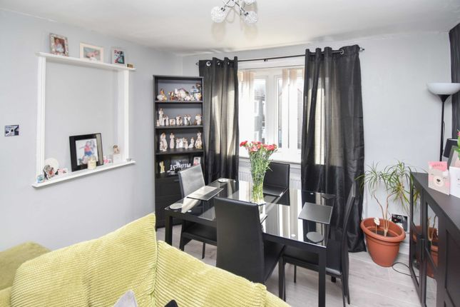 Dining Room of Cumbrae Road, Paisley PA2