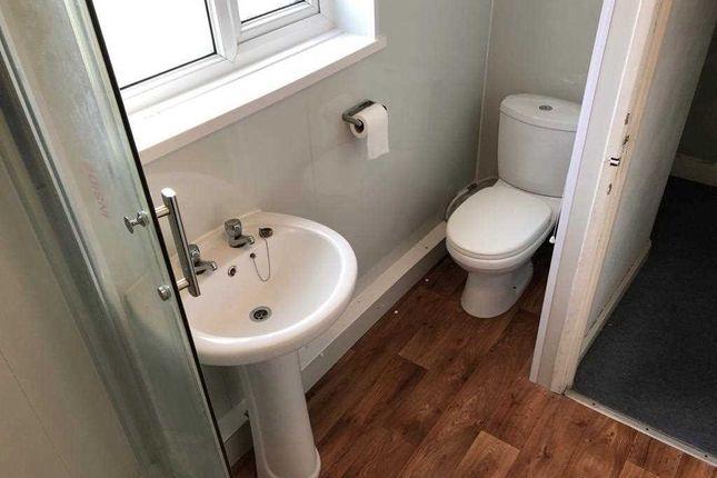 Bathroom of Vernon Avenue, Blackpool FY3