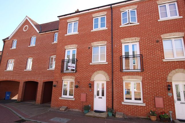 4 bed town house for sale in Fulham Way, Ipswich, Suffolk